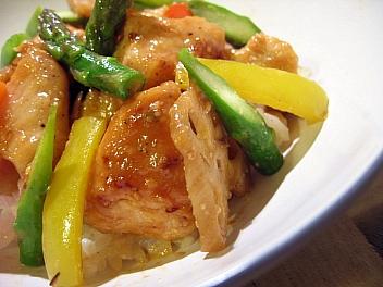 鶏肉のみそ焼きご飯2