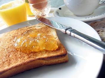 厚切り食パン