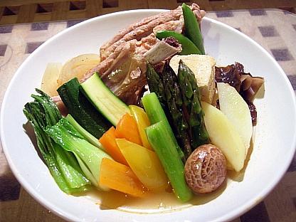 スペアリブと野菜の韓国風スープ煮