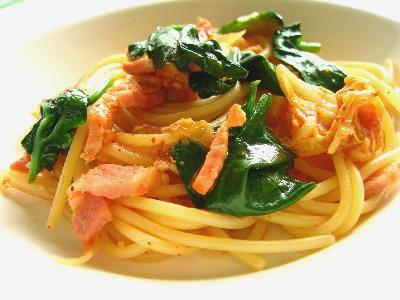 キムチとベーコンのスパゲティ
