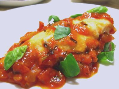 鶏肉のトマト&バジル煮込み