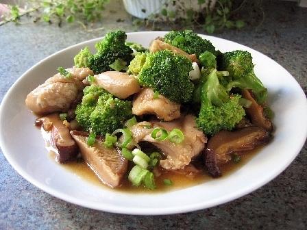 鶏とブロッコリーのオイスターソース煮