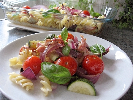ロースト野菜とベーコンのフジッリ2