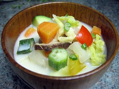 野菜豆乳汁