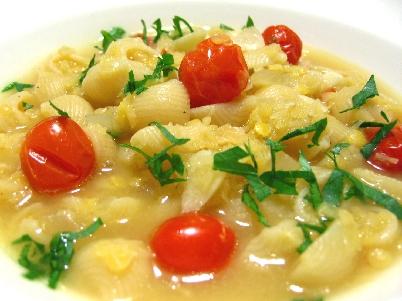 ルマーケと赤レンズ豆のスープパスタ風2