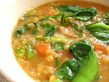 赤レンズ豆と青梗菜のスパイシースープ
