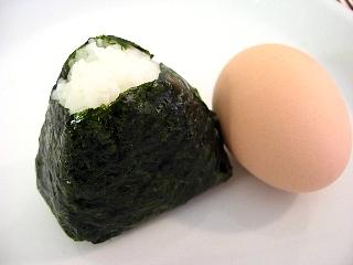 おにぎり&茹で卵