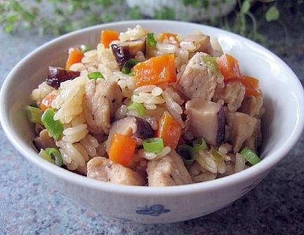 豚肉の中華風炊き込みご飯