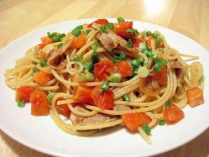 豚肉とトマトのニンニク醤油スパゲティ