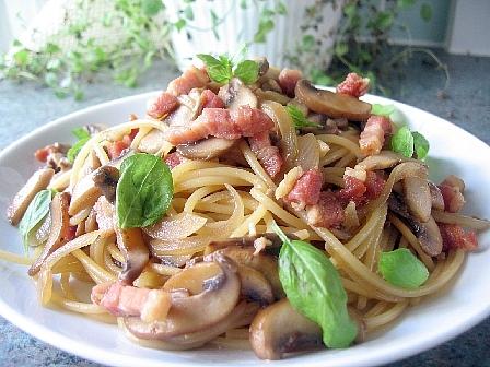 茸のスパゲティゆず胡椒ソース