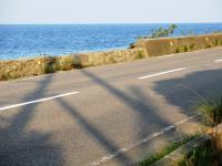 荷内海岸の低い堤防