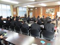 2011.1.17 新居浜東高校の労働セミナー2