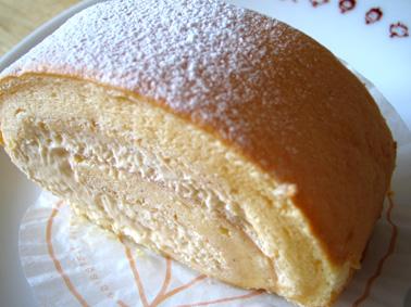 『アテスウェイ』のロールケーキ