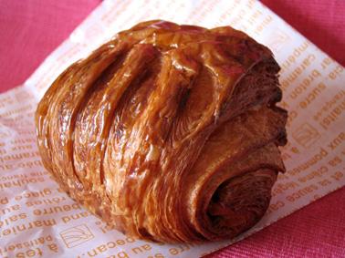 『アテスウェイ』のパン・オ・ショコラ