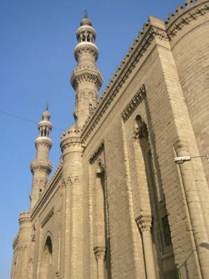 サルタンハッサンモスク