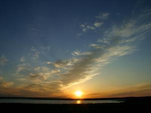 「濤沸湖の夕陽」~小清水町の夏