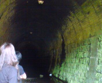 49番トンネル内部