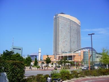 福岡ドームとホテル
