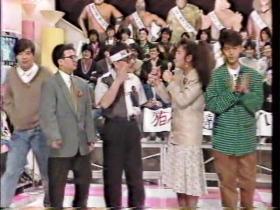 (右から)山田邦子、なぎら健壱、ラサール石井、ウルトラマンレオ