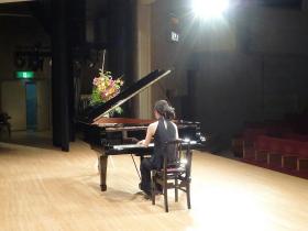 pianoclub004.jpg