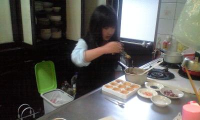 090506実織パパの誕生日チョコ作り1