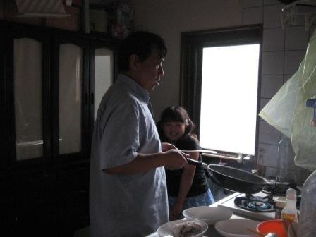 IMG_0014パパと実織料理