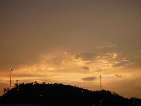 土山の夕焼け