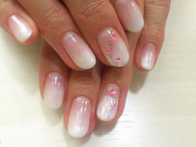 ネイルデザイン ホワイト ピンク 昭島 ネイルサロン