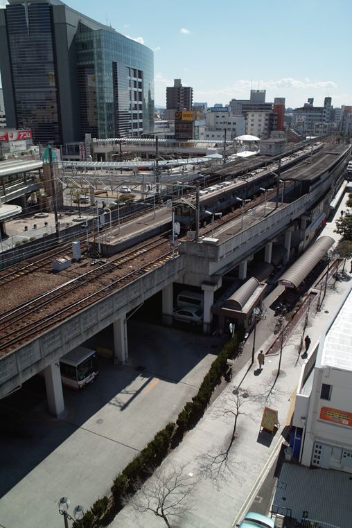 豊田 駅 電車 街