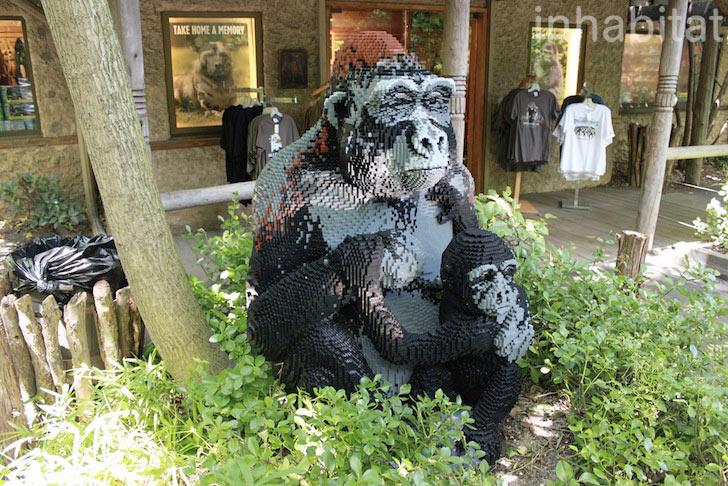 bronx-zoo-lego-gorilla.jpeg
