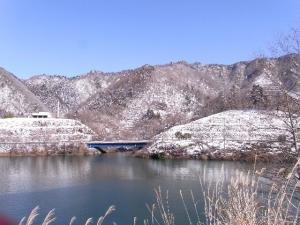 高取山と仏果山 クリックで拡大