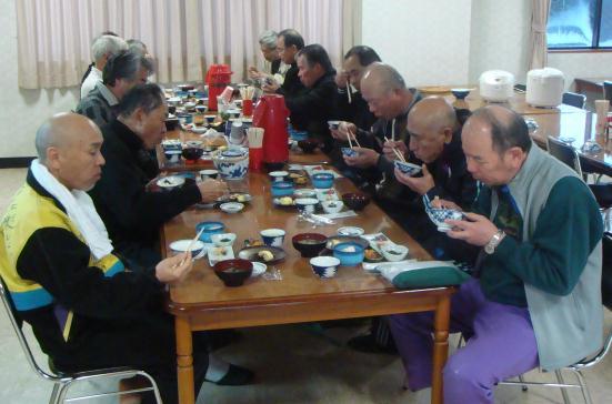 銀嶺会オジロ・スキーツア朝食