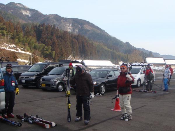 銀嶺会オジロ・スキー場に到着