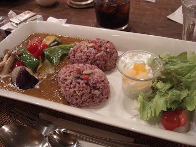 Café line 野菜カレー(トマトベース)
