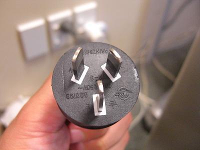 ニュージーランドの電圧・プラグの形2