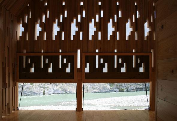 woodenlace002.jpg
