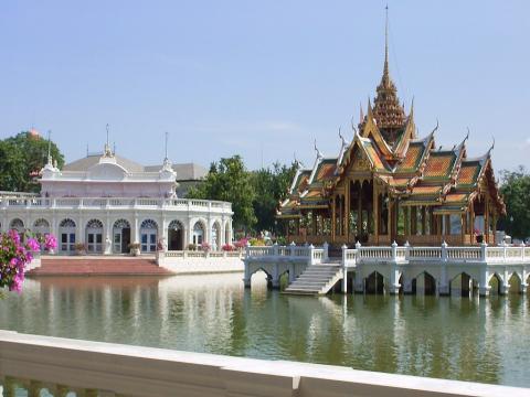 061212-Thai