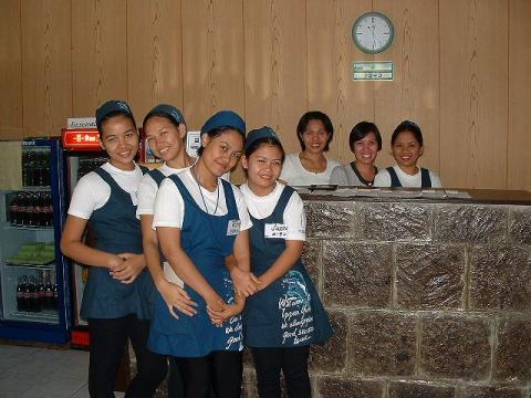 20071218-Phils gals