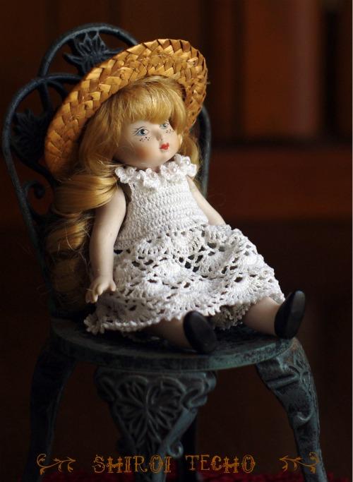 doll2t.jpg