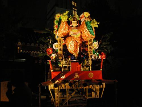 昨年承天寺内に展示された二番山笠東流