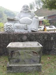 鹿北の石像1