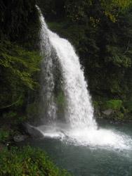 慈音の滝3