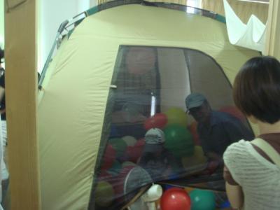 2008.7.6 風船ハウス1