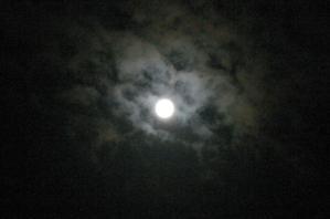 でっかい月