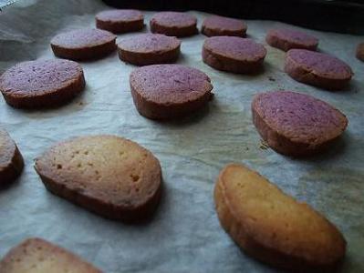紫いものクッキー