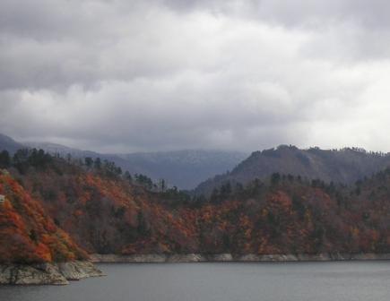 奥只見湖2