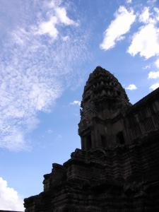 空と中央祠堂