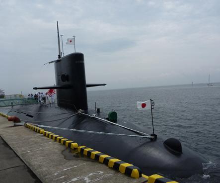 02潜水艦