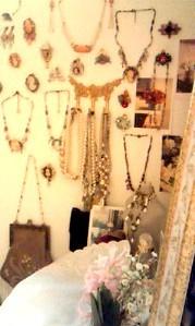 ミサコ部屋壁