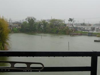 雨。。。P1070249
